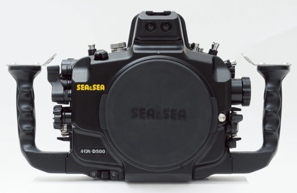 Sea_and_Sea_MDX_D500_06179_underwater_housing_Front_view_800.jpg